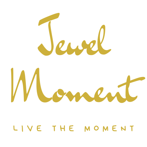 Jewel Moment